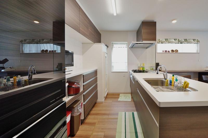 奥様の理想のキッチンを実現した家事ラクの家【千歳市】