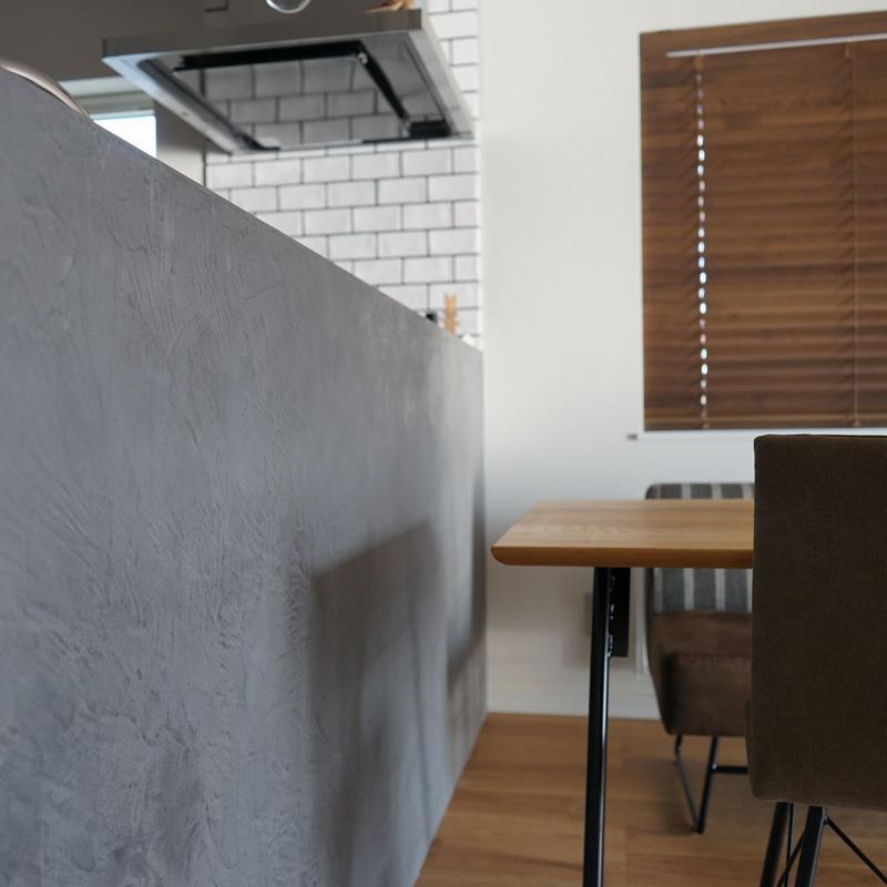アンティークな家具がマッチする内装の家【江別市】