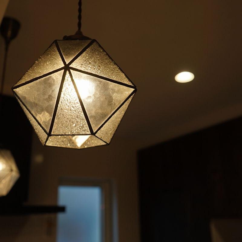 素敵な間接照明でデザインされた癒しのリビングダイニングのお家【苫小牧市】
