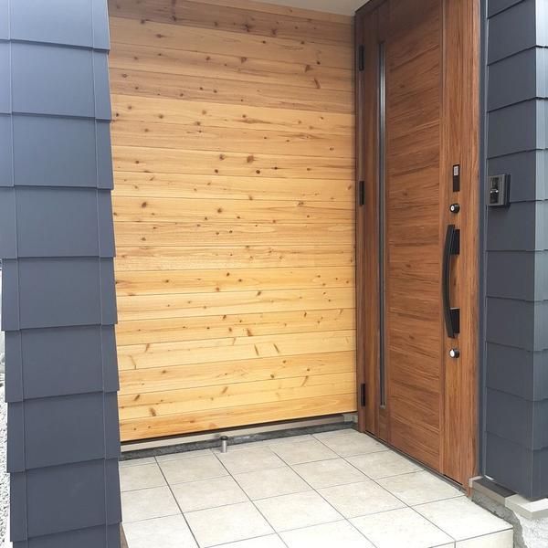 【施工事例】江別市・男前な外観デザインと開放的なオープンLDKの家